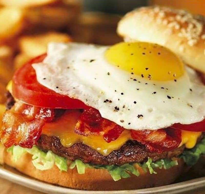 Red Robin Burgers in Rancho Mirage and La Quinta are a great place to watch basketball, football, and other sports