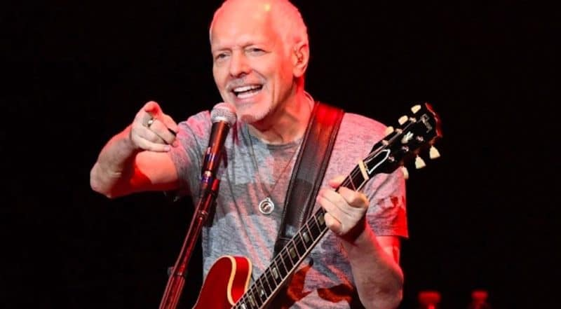 Peter Frampton performs