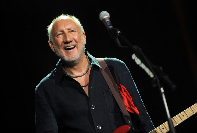INDIO, CA - OCTOBER 16: Musician Pete Townshend of The Who performs onstage during Desert Trip at The Empire Polo Club on October 16, 2016 in Indio, California. (Photo by Kevin Mazur/Getty Images for Desert Trip)