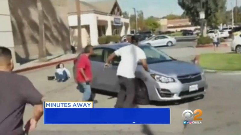 temecula-parking-lot-fight-at-food-4-less