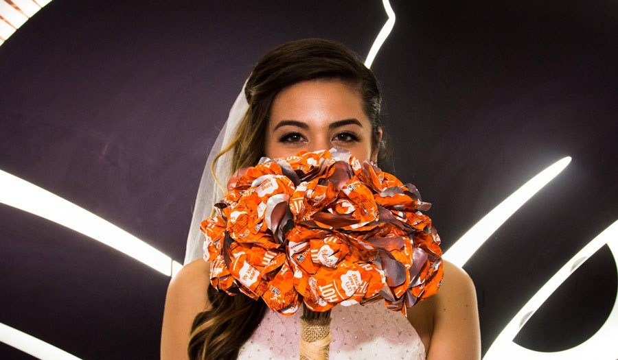 Taco Bell Wedding.You Can Now Get Married At A Las Vegas Taco Bell Cactus Hugs