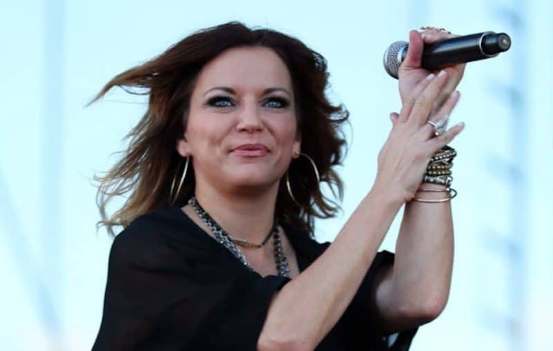 Martina McBride will perform a country concert in the Palm Springs area in September