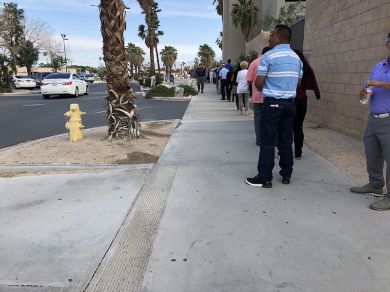 A long line at the Larson Justice Center in Indio , California for jury duty