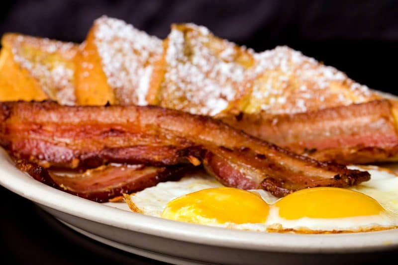Bacon, eggs, and French Toast served at Sunshine Cafe in Cathedral City, California