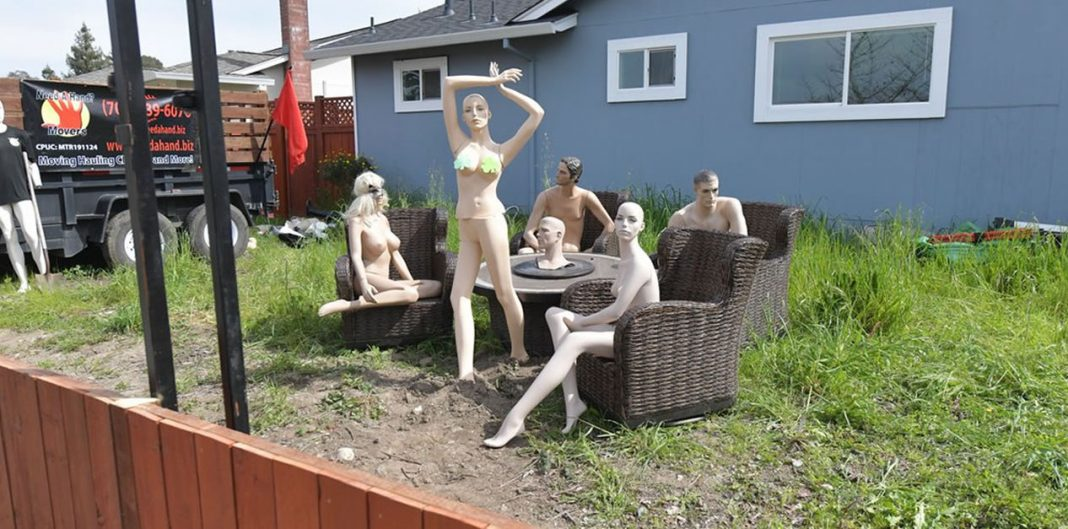 Santa Rosa mans naked mannequin protest coming to an end