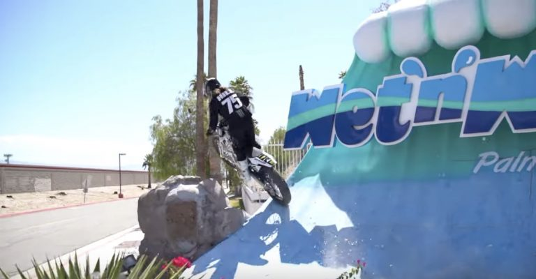 Video: Here's a guy riding his motorcycle all over Palm Springs Wet 'n' Wild